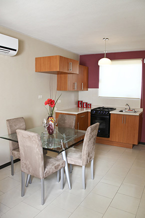 Casas en Saltillo - Comedor y cocina - Fraccionamiento Valencia